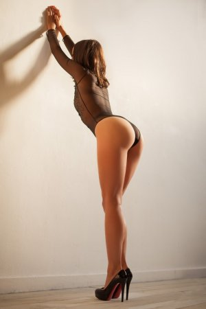 Lola-marie tantra massage in Charleston
