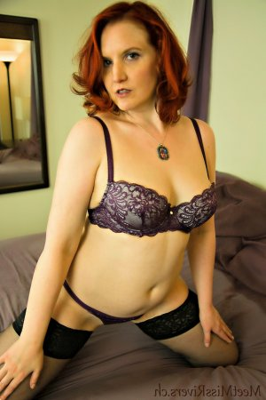 Alie escorts in Springfield and happy ending massage