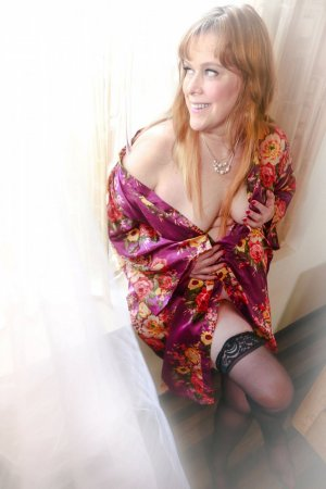 Ophelie escorts in Woburn and erotic massage