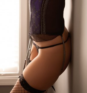 Malina escort girl in Clarksburg